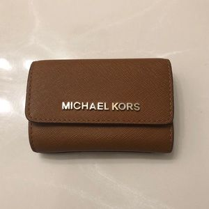 Michael Kors Keyring ID Wallet in Brown